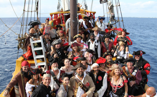 Pirates-Week-2016-Group-shot-Jolly-Roger